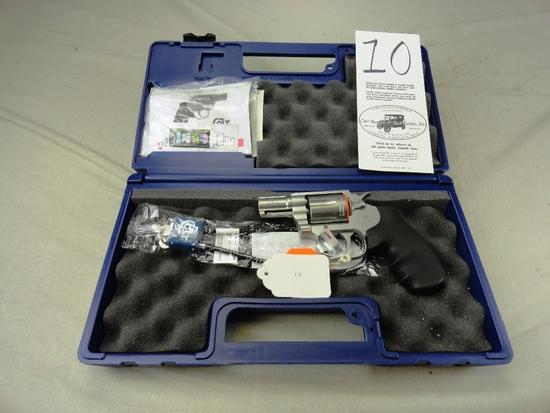 "Colt Cobra .38 SPL, Stainless Matte, 2"" Bbl., Fiber Optic Front Sight, M.SM2F0, SN:RA545929, NIB (Ha"