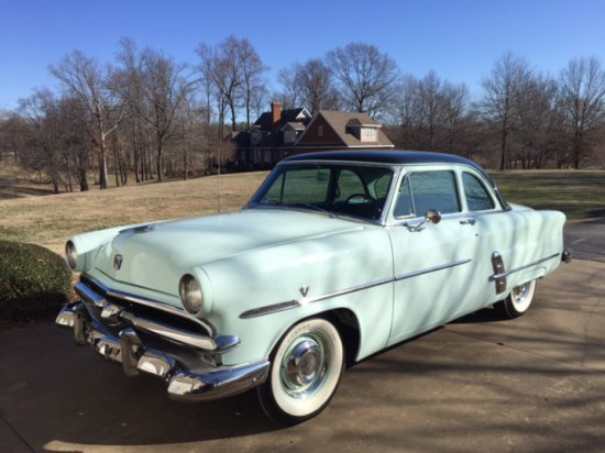 1953 Ford Crestline Club Coupe