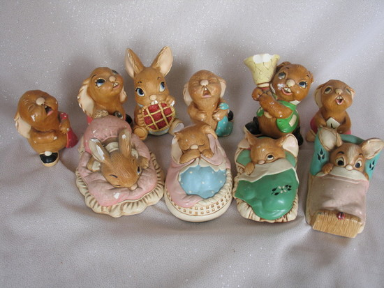 Ten English Pendlfin 1980s plaster hand painted animal figurines includes.