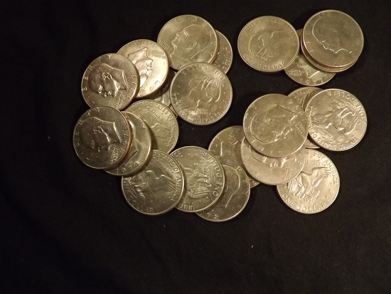 22 U.S Eisenhouer Dollars
