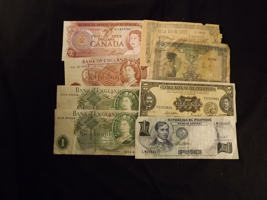 8 x Foreign Paper Notes
