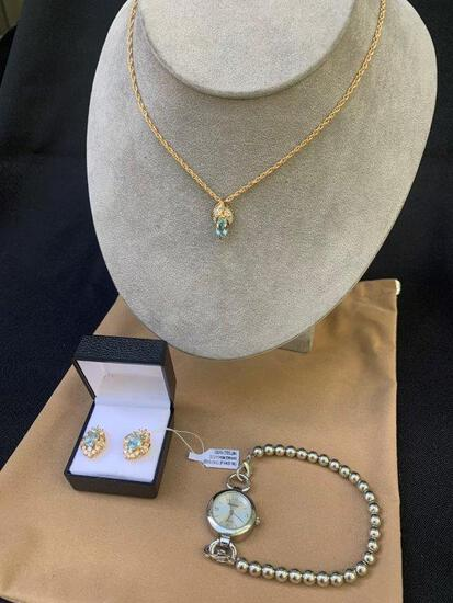 MATCHING 14K GOLD PLATED JEWELRY SET AND AVENUE WATCH