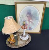 TWO VINTAGE LAMPS, SILVER PLATER AND FRAMED PRINT