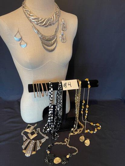 SILVER COLLAR AND FORMED SILVER NECKLACE WITH MATCHING EARRINGS AND OTHER JEWELRY SETS,
