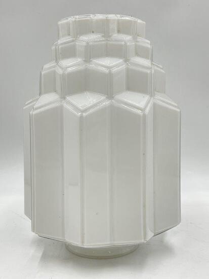 GLASS ART DECO DESIGN LAMP SHADE