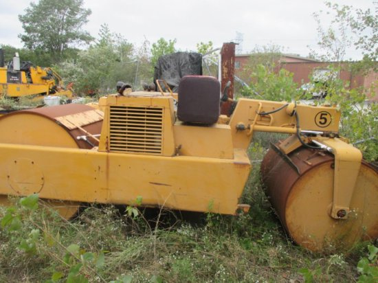 1976 HYSTER C350D COMPACTOR