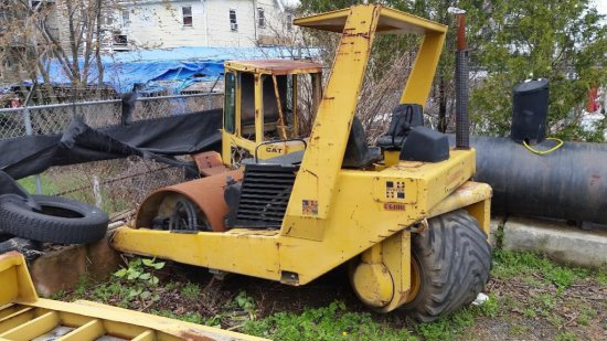 1981 HYSTER C610B Compactor