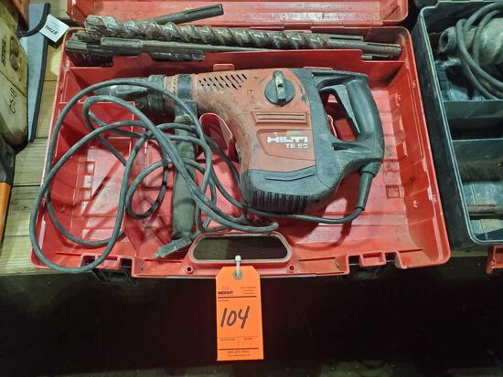 Hilti TE50 hammer drill with case