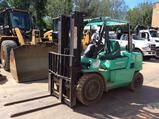 Mitsubishi FG40K forklift, propane, solid tires, 3 stage mast, ROPS, side shift, 187 inch lift