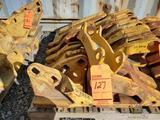 Lot of assorted cat parts, including (1) Cat 6J-8814 shank protector, (2) 8E-2469 corner adapter