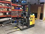 CAT NOR30R order picker lift, 3000 lb capacity, 204 inch lift, 24 volts with EXIDE 24 volt charger