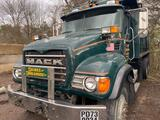 2005 Mack CV713, sn 1M2AG11C15M035673