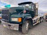 2000 Mack CL-713 Tractor, sn 1M2AD62YXYW010148