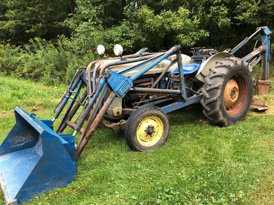 Ford 800 Backhoe Tractor, 1,509 hours, Lord loader, gas, 5 speed, runs well