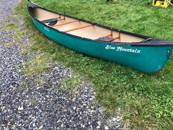 16 foot Old Town Blue Mountain canoe, includes paddles