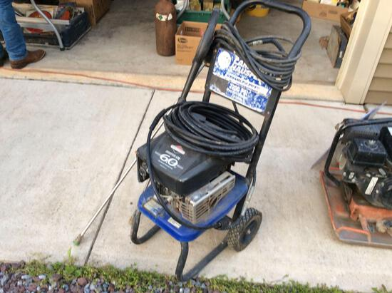 Campbell Hausfeld 2200 psi power washer w/ Briggs engine