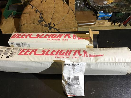 Two pieces deer sleigh?r transport sleds