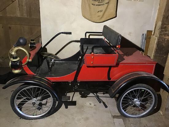 1903 Oldsmobile Curved Dash Replica