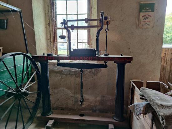 Antique standard scale