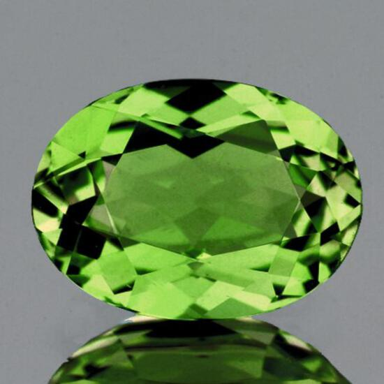 Natural  Premium Green Demantoid 6x5 MM - FL
