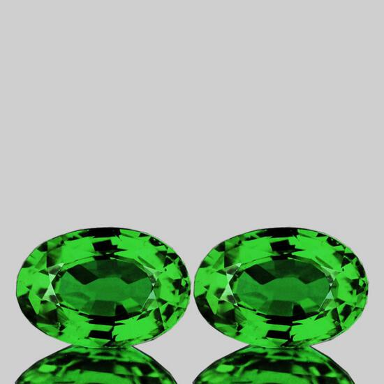 Natural Emerald Green Tsavorite Garnet Pair{VVS}