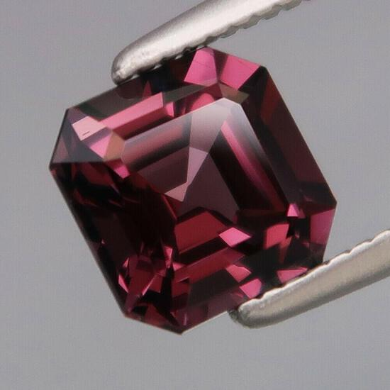 Natural Purple Pink Burma Spinel 6x6 MM - FLawless