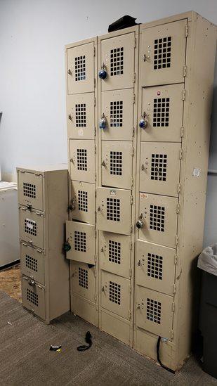 Set 4 Door Lockers