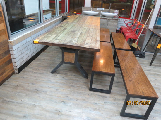 Large Banquet Table With 4 Benches.