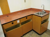 Exam Room Cabinet With Integrated Sink