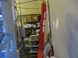 8ft Fiberglass Ladder