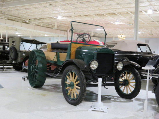 """1923 Ford Model T """"Tractor"""""""