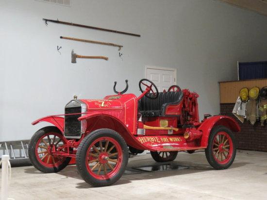 1922 Ford Model T Howe Fire Truck