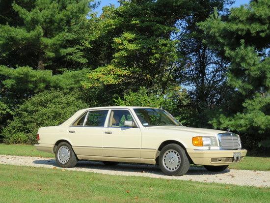 1990 Mercedes-Benz 420 SEL