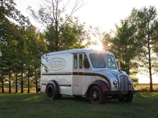 1964 Divco B100 Milk Truck