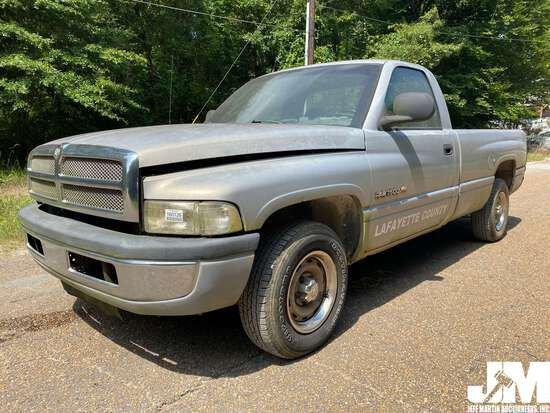 2001 DODGE RAM 1500 REGULAR CAB PICKUP VIN: 1B7HC16Y21S738529