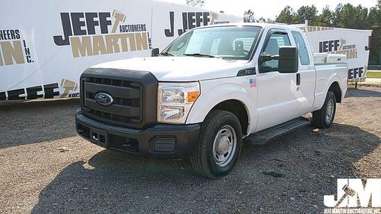 2015 FORD F-250XL SD EXTENDED CAB 3/4 TON PICKUP VIN: 1FT7X2A61FEA24165