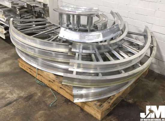 PALLET LOT WITH VARIOUS CURVED CABLE TRAYS, MADE BY LEGRAND