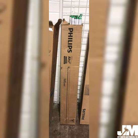 BOX OF PHILIPS TL70 FLUORESCENT TUBE LIGHTS, 10 TUBES TOTAL,