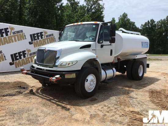 2014 INTERNATIONAL 4400 SINGLE AXLE WATER TRUCK VIN: 3HAMKAAN5EL771099