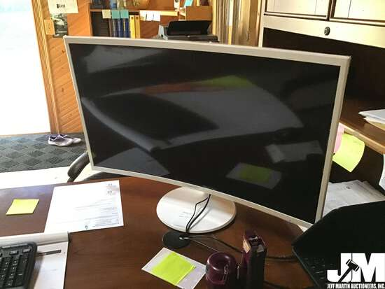 "SAMSUNG 32""...... COLOR DISPLAY"