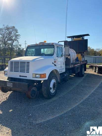 1994 INTERNATIONAL 4900 VIN: 1HTSDPNN2RH546908 REGULAR CAB FLATBED