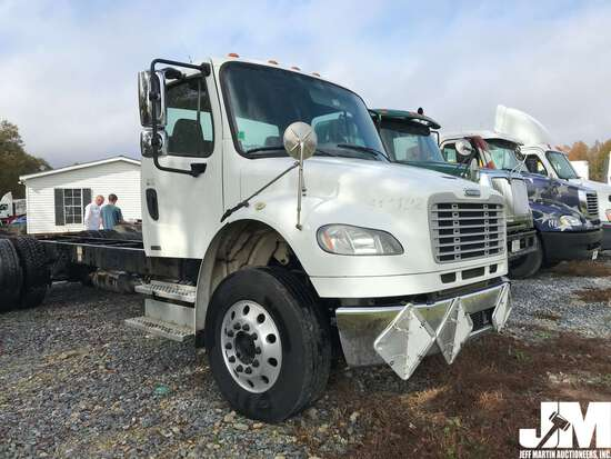 2012 FREIGHTLINER M2 TANDEM AXLE VIN: 1FVHCYBS8CHBF8294 CAB & CHASSIS