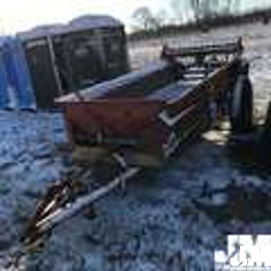 NEW HOLLAND MACHINE CO. 300 SN: 6829 MANURE SPREADER