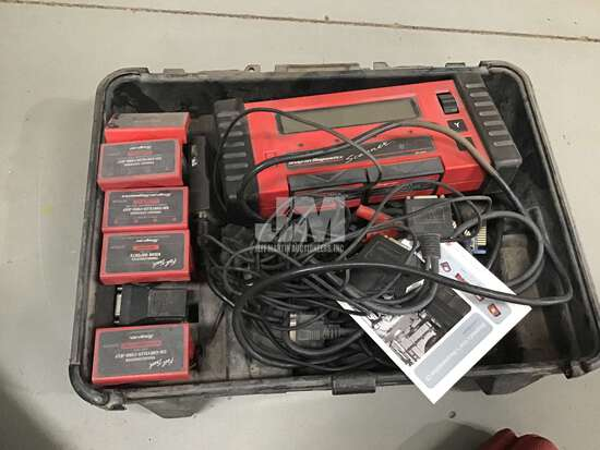 SNAP-ON DIAGNOSTICS MT2500 SCANNER WITH CARRY CASE