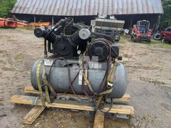 MANCHESTER TANK 120 GAL STATIONARY AIR COMPRESSOR SN: 302480