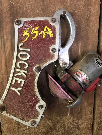 Jockey grinder