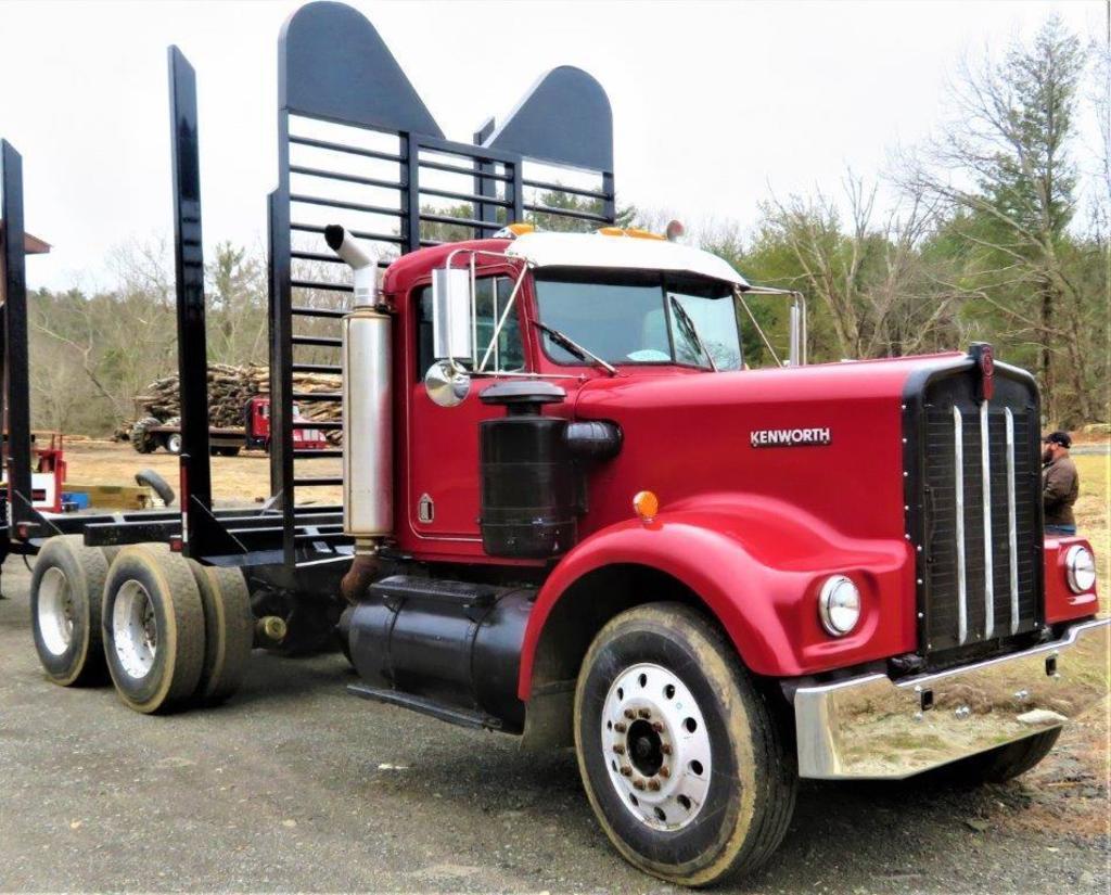 Kenworth W900A Log Truck