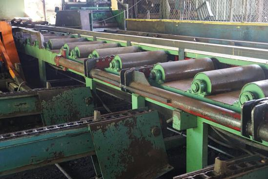 2 section main out feed roll case
