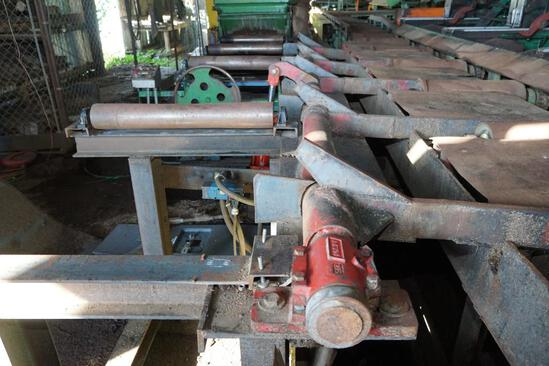 (4) Arm Timber Lift Transfer Section On Edger Infeed