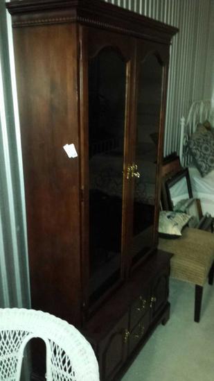 Cool Antique Jasper 10 Gun Cabinet 493 Cherry Wood Auctions Download Free Architecture Designs Scobabritishbridgeorg